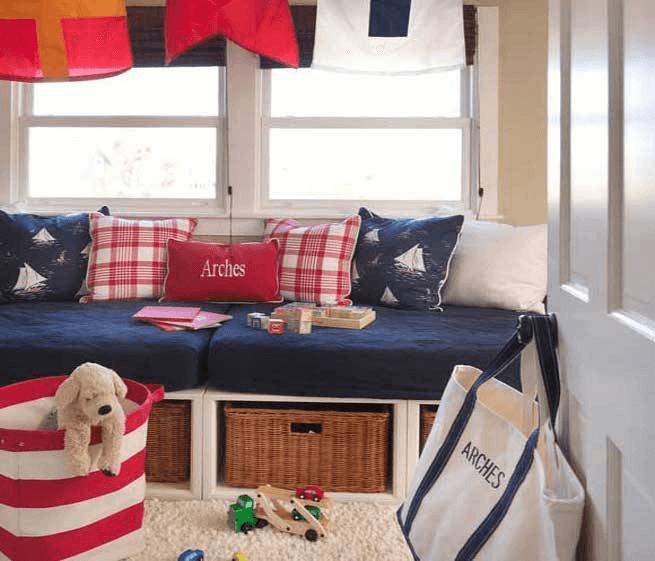 mobiliario en el estilo navi
