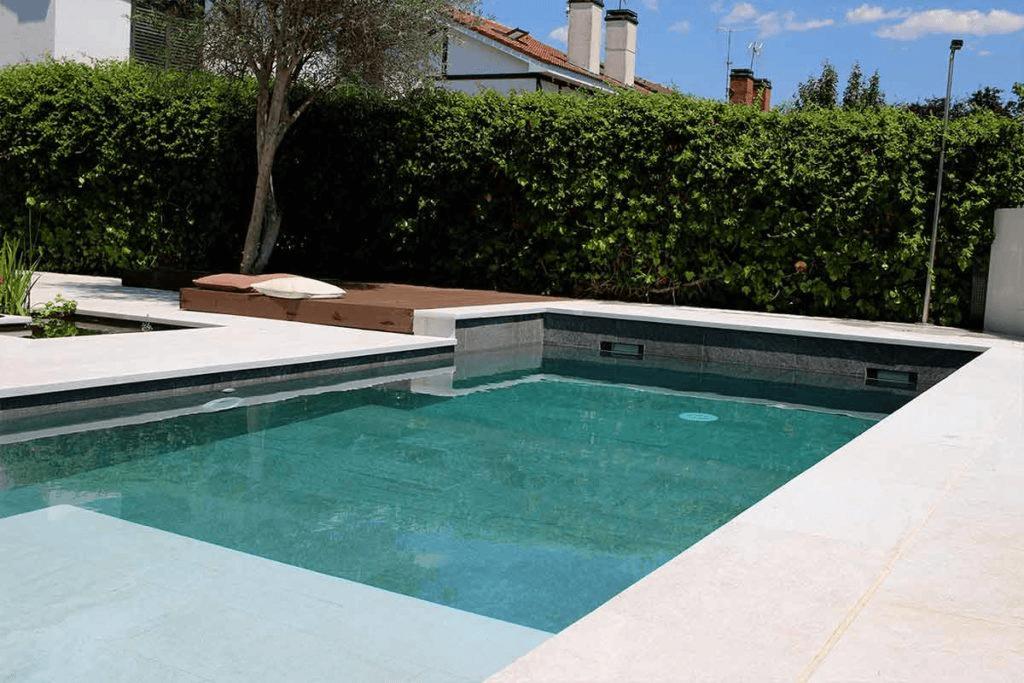 diseña una piscina