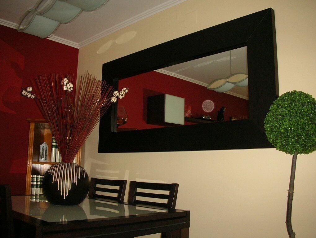 espejos decorativos en el comedor